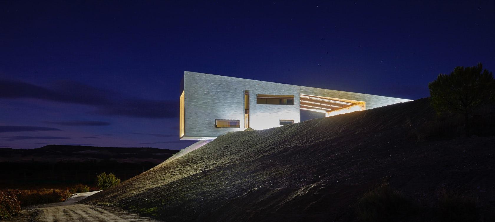 Edificio eco sostenible calor y buen vino